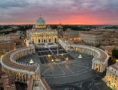 Площадь и собор Святого Петра в Ватикане