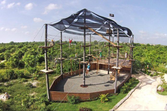 Верёвочный городок в Bavaro Adventure Park