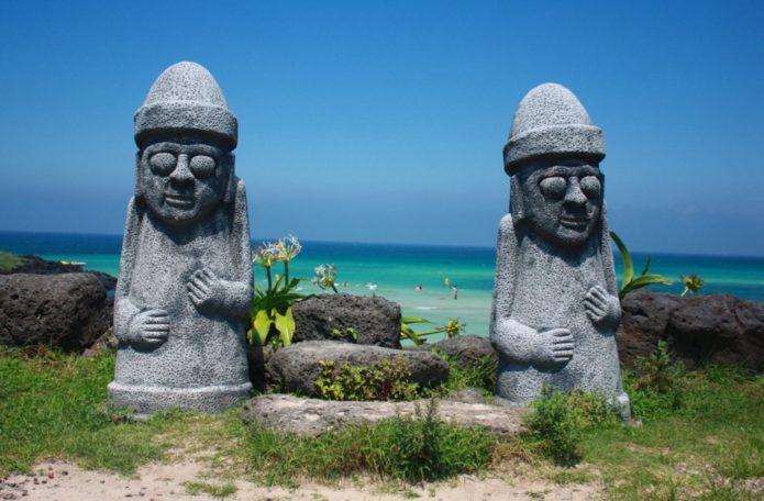 Тольхарубаны на острове Чеджу