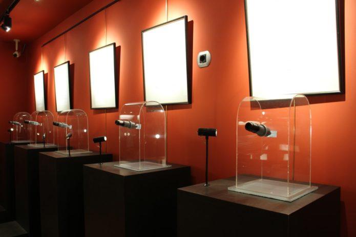 Экспонаты музея микроминиатюр в Андорре