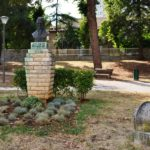 Памятник Николе Тесла